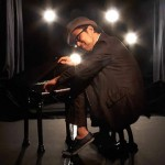 Senri Oe / US Debut as Jazz Pianist at the Age of 52!