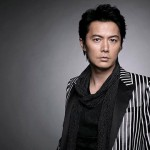 "Masaharu Fukuyama, Singing at the ""world simulcast from 3 places"" for the First Time at th..."