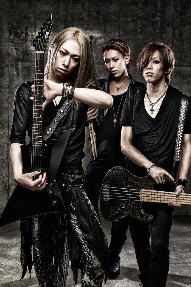 extreme metal band gyze makes their exciting japan debut sync