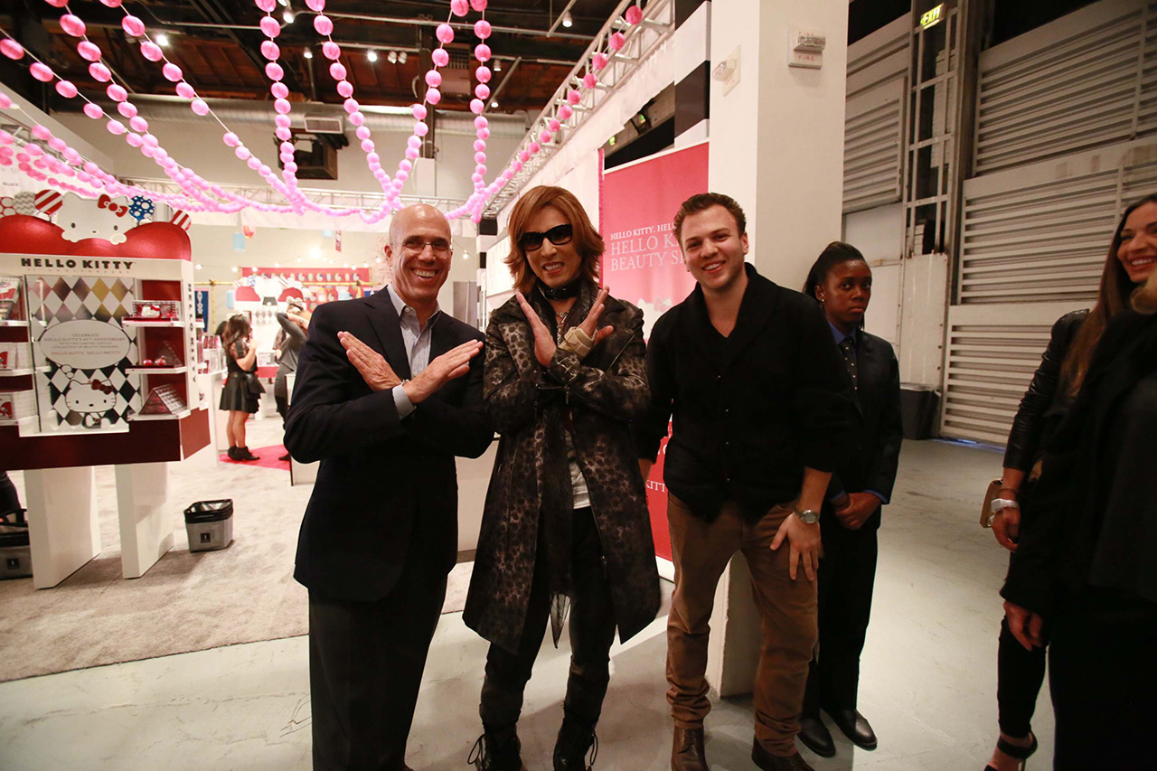 YOSHIKI-with-CEO-of-Dream-Works-'Jeffrey-Katzenberg'-and-son-of-Sam-Gores,-'Michael-Gores'_10300896