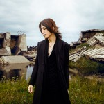 "SUGIZO's artist photo, ""Full of hope for the future"""