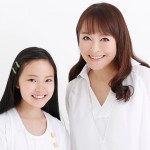Singer AZUMI INOUE of Studio GHIBLI theme song appeared on JAPAN EXPO with her daughter YU...